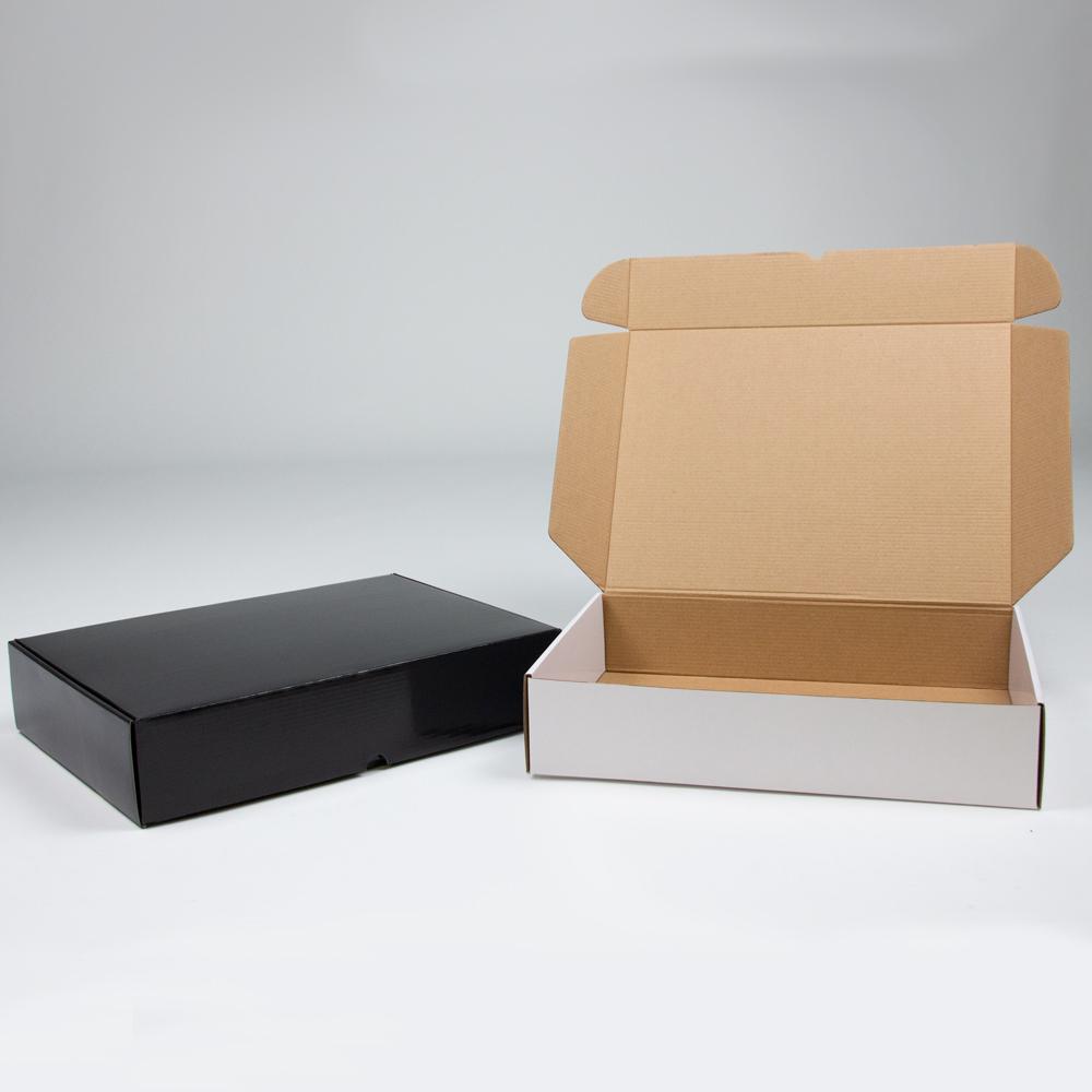 Glanzende pakketdozen