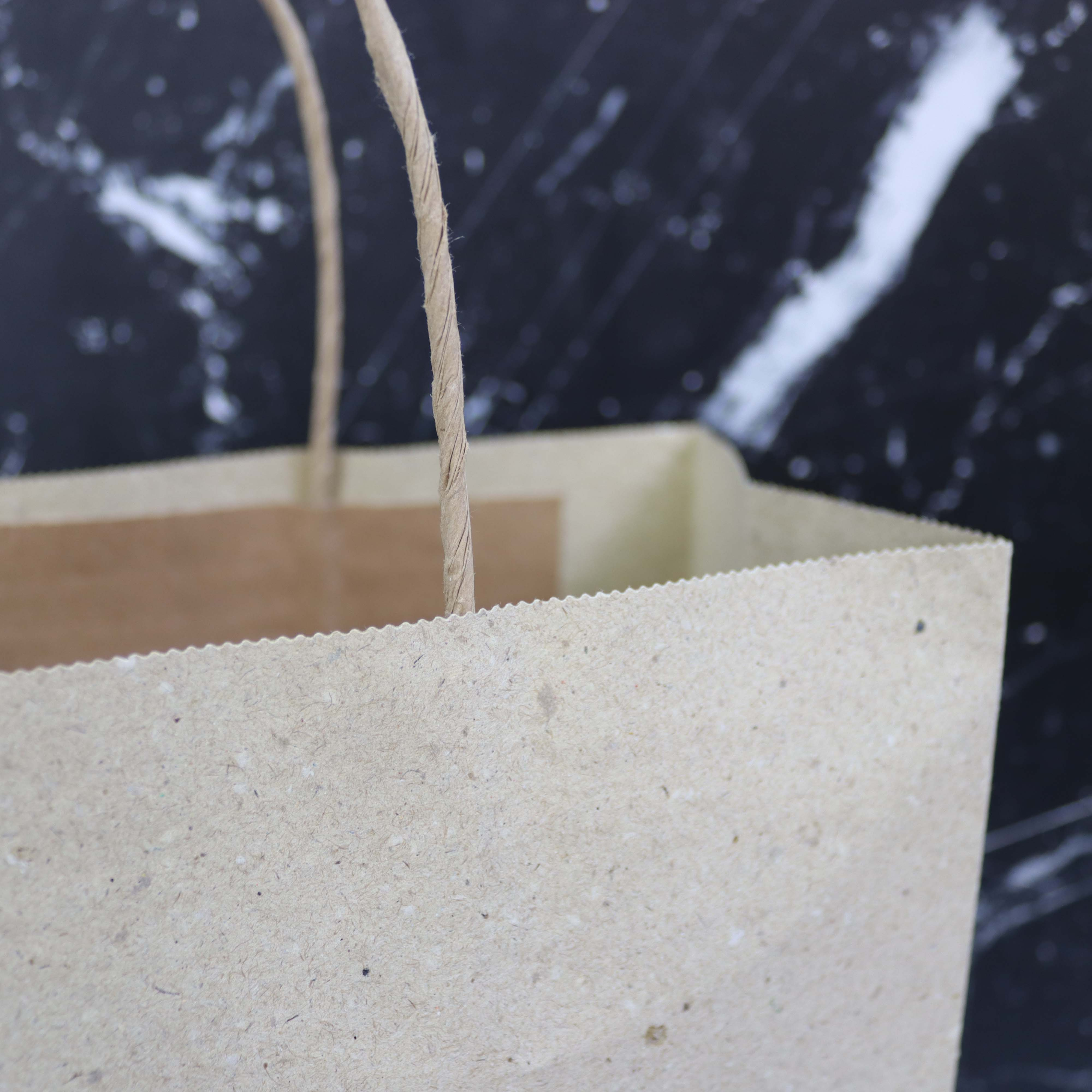 Twisted ZEROTREE® tassen - Gerecycled graspapier