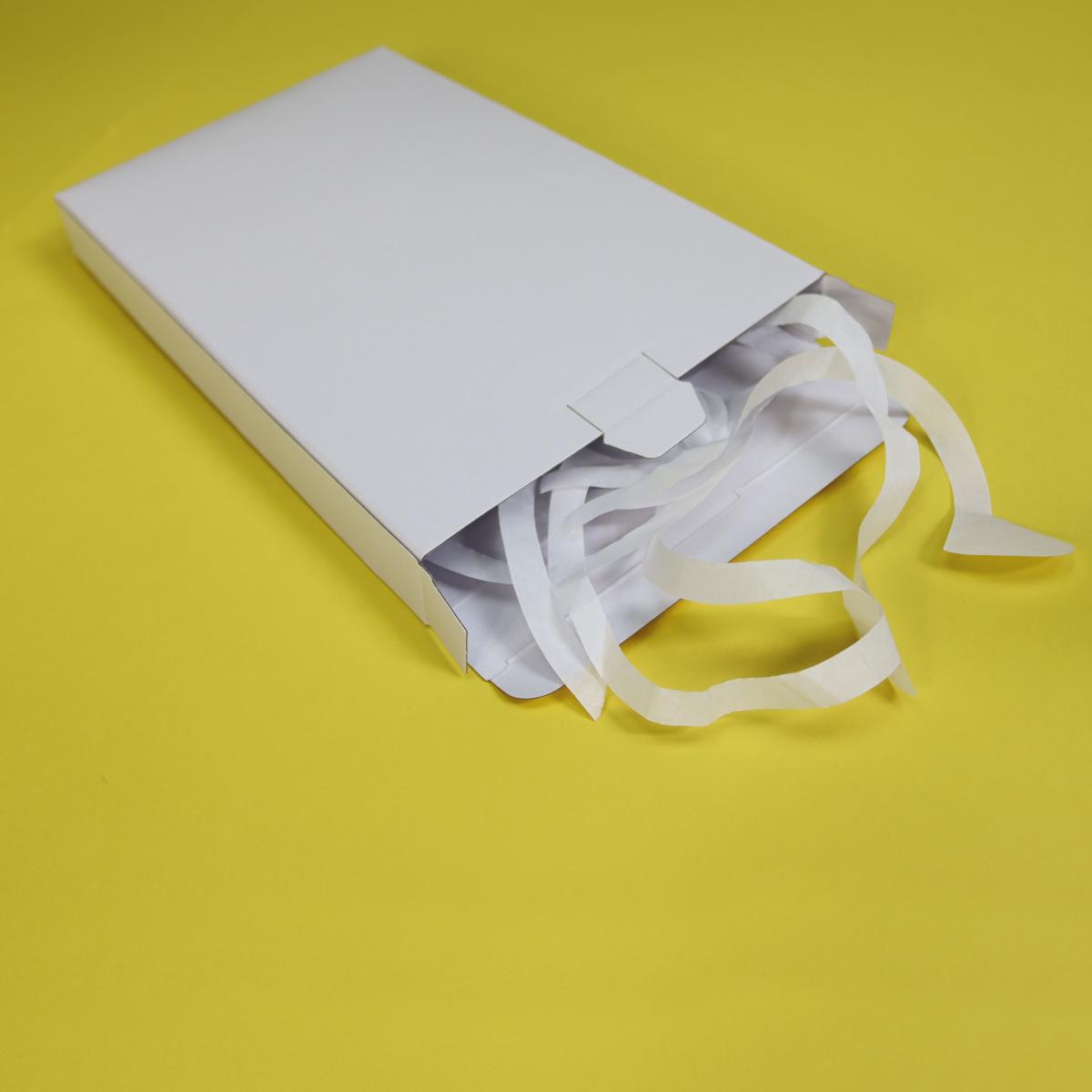 verzenddozen-brievenbuspakketjes-wit-sfeer