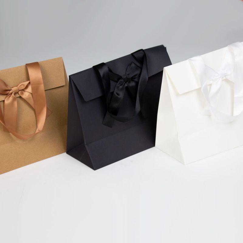 papierenKadotassen-papergiftbags-all-strik-1