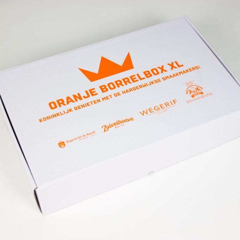 Fooddozen-Foodboxes-Oranjeborrelbox-2