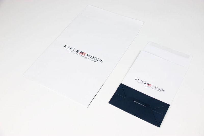 Papierenverzendzakken-Papershippingbags-Riverwoods-wide