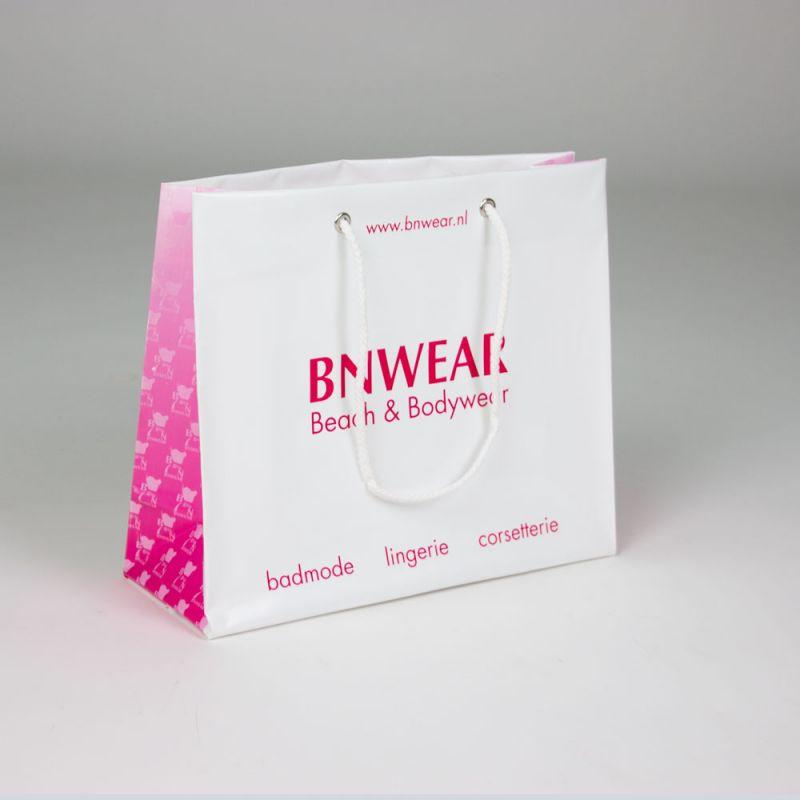Plastictassenmetkoorden-plasticbagswithcords-Bnwear-2