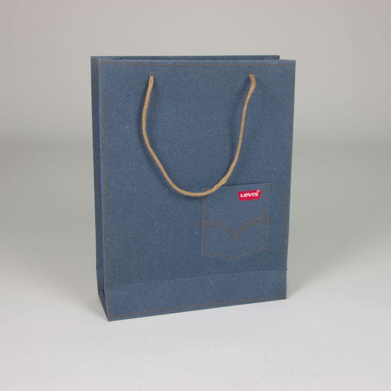 Papierentassen-paperbags-Levis-3