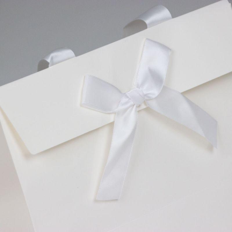 papierenKadotassen-papergiftbags-strik-3