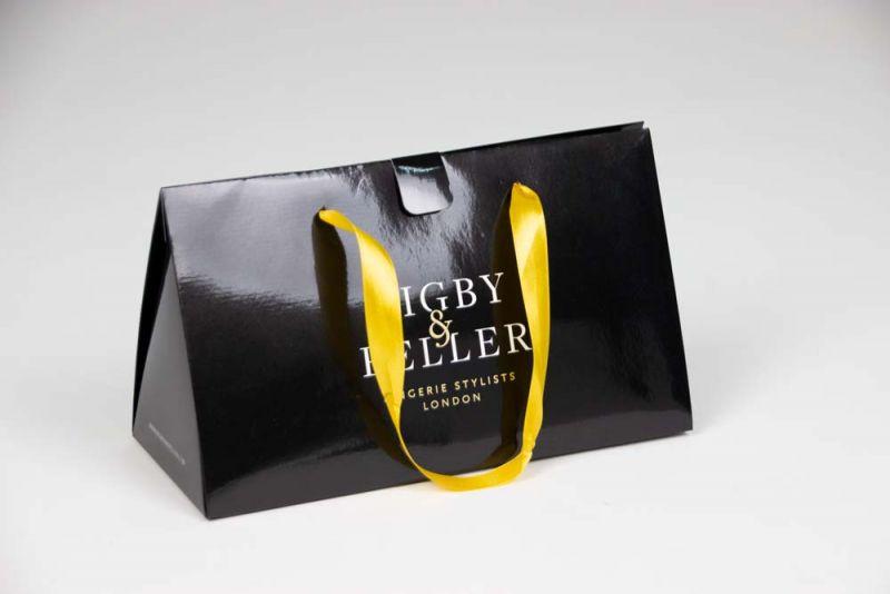 papierenKadotassen-papergiftbags-Rigbypeller-wide