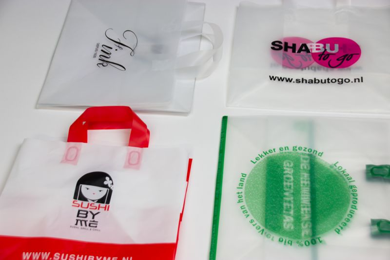 Plastictakeawaybags-wide